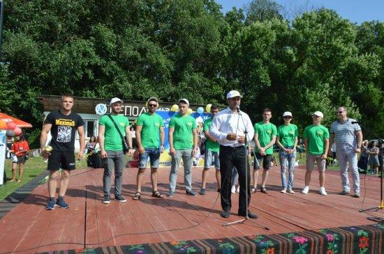 МАКСИМ ЗАРЕМСЬКИЙ:  Йду в парламент  із ЗЕ-КОМАНДОЮ,  щоб служити народу