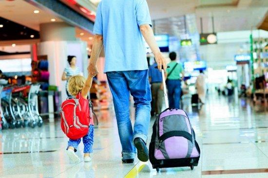 Все, що треба знати про виїзд дитини за кордон у 2019 році